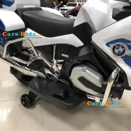 Электромотоцикл BMW R1200RT Police 12V - 212 белый (колеса резина, музыка, световые эффекты)
