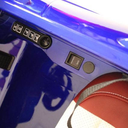 Электромобиль Porsche Macan синий глянцевый (колеса резина, сиденье кожа, пульт, музыка)